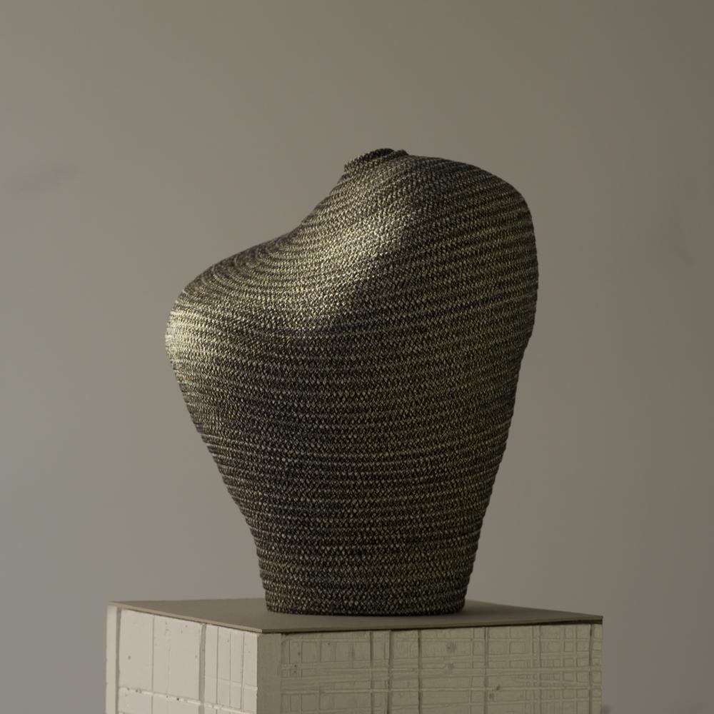 """Bertrand Alberge - plasticien - sculpture de coton - """"Paternité sombre"""""""